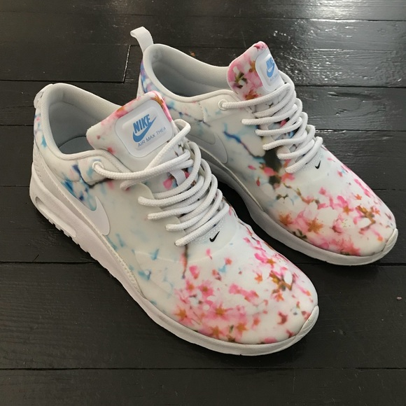 Air Max Thea Cherry Blossom